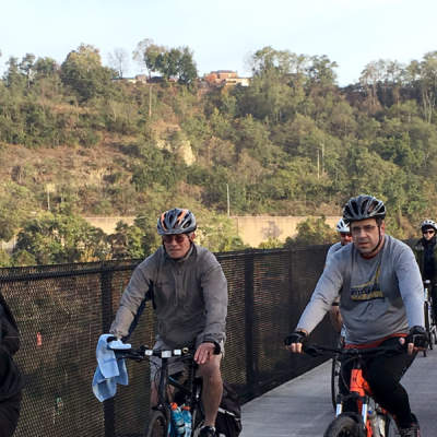 Cycists crossing Riverton Bridge