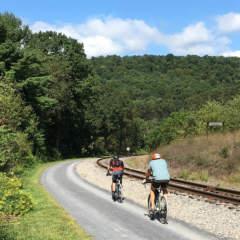 Bikers along Helmstetter's Curve